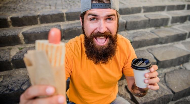 nakkeja vai kahvia?